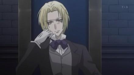 Ick he still hasn't gotten that haircut, he just doesn't look as refined as Edgar.